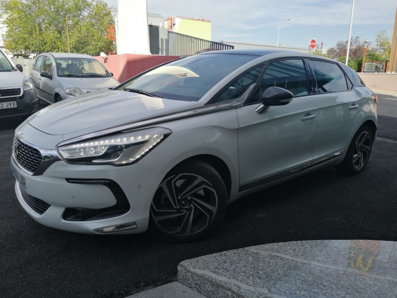 DS DS 5 BlueHDi 133kW (180CV) EAT6 Sport