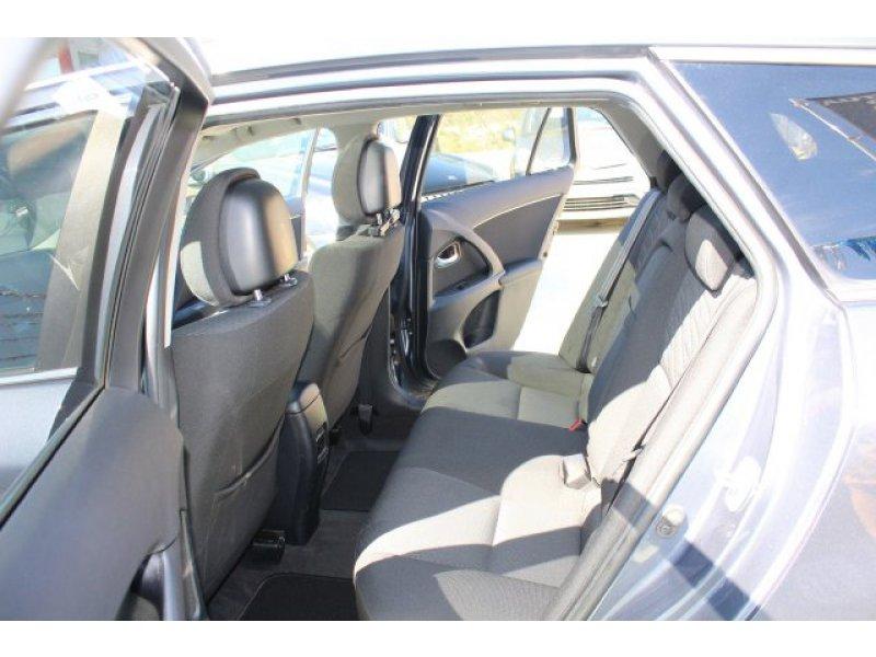 Toyota Avensis 2.2 D-CAT Autodrive S Cross Sp. Premium