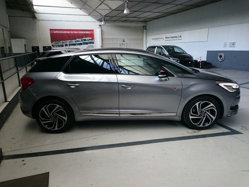 DS DS 5 THP 120kW (165CV) EAT6 Performance Line