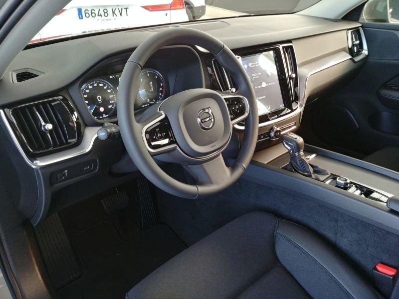 Volvo V60 Cross Country 2.4 D4 AWD Auto Cross Country