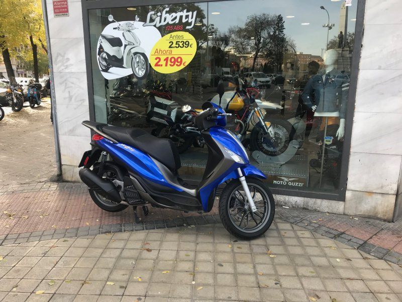 Piaggio Medley 125 cc