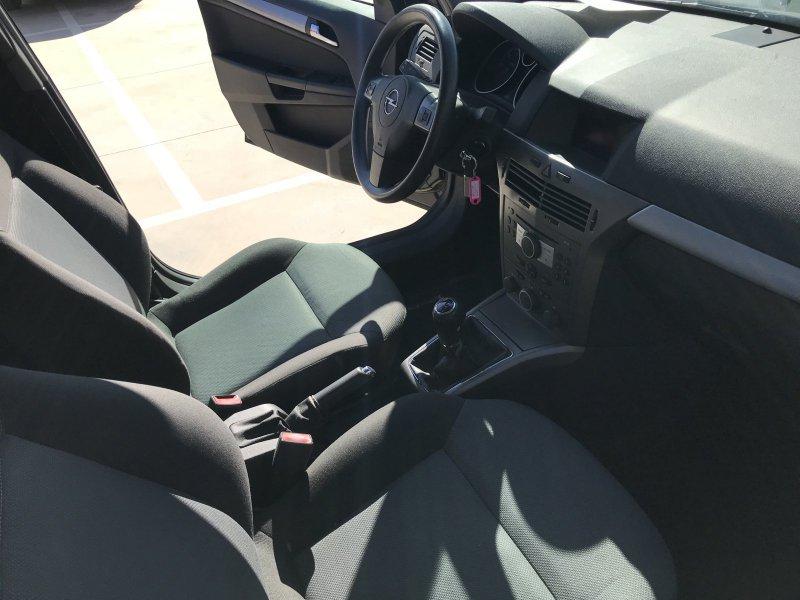 Opel Astra 1.7 CDTi 100 CV Cosmo