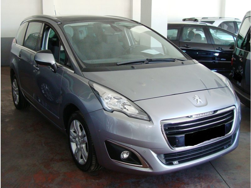 Peugeot 5008 1.6 BlueHDi 120cv Allure