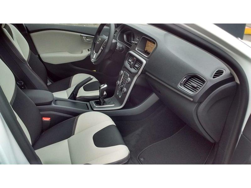 Volvo V40 Cross Country 2.0 D3 Plus Plus