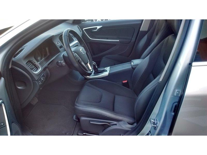 Volvo V60 2.0 D3 Momentum Auto Momentum