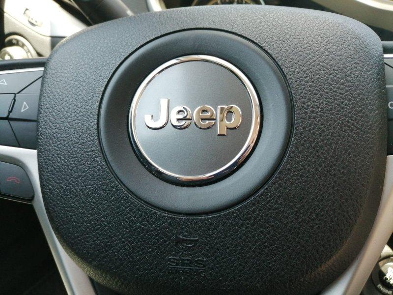 Jeep Cherokee 3.2 Auto 4x4 Active Drive Lock Trailhawk