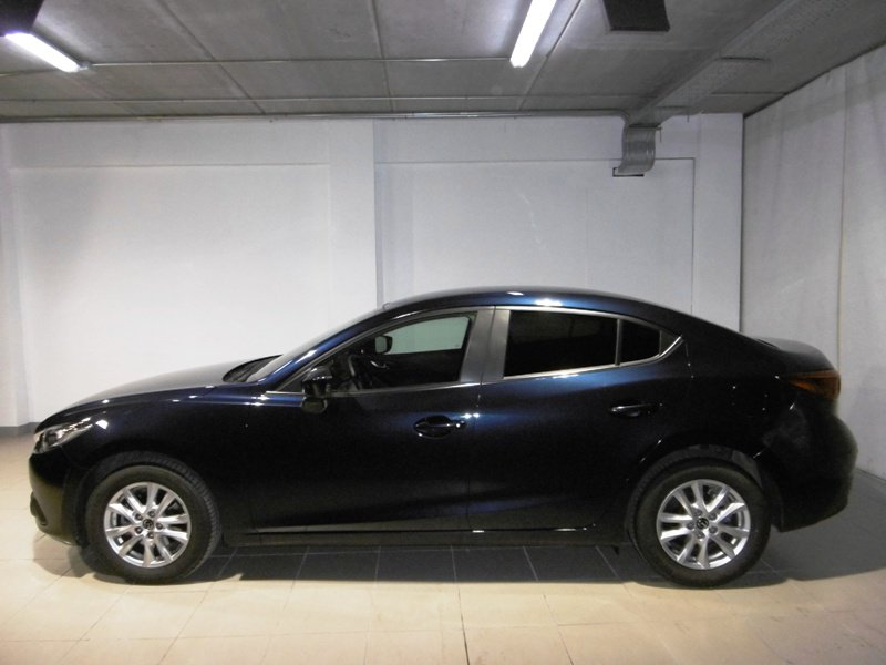 Mazda Mazda3 1.5 DE 105 MT SDN Style Confort