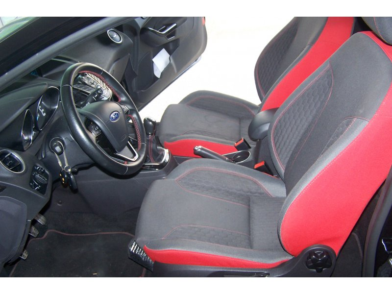 Ford Fiesta 1.0 EcoBoost 140cv 3p Black Edition
