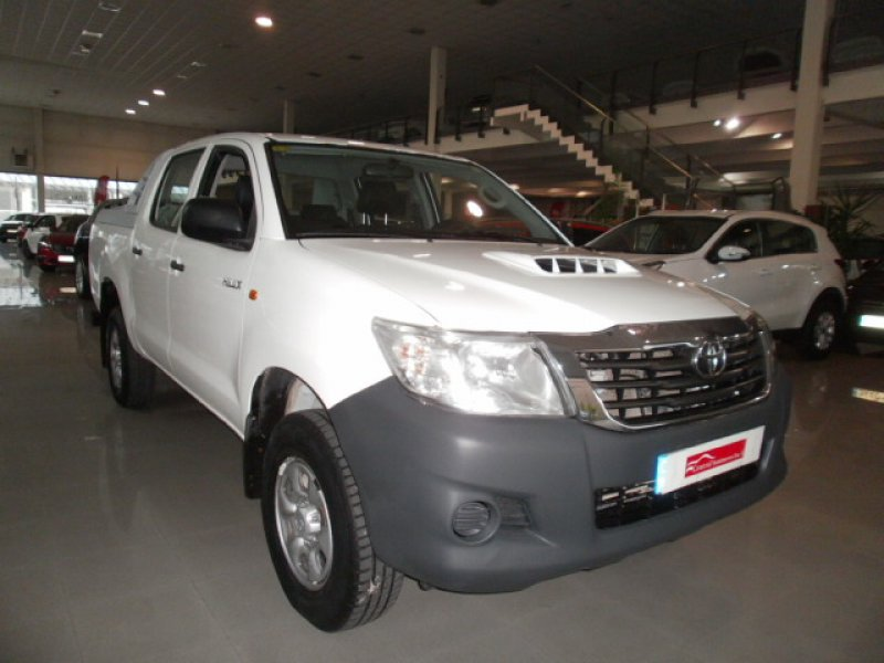 Toyota Hilux 2.5 D-4D Cabina Doble GX