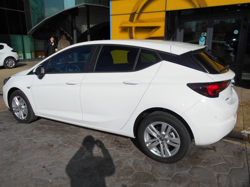 Opel Astra 1.6 CDTi S/S 81kW (110CV) SIGHT & CONNECT