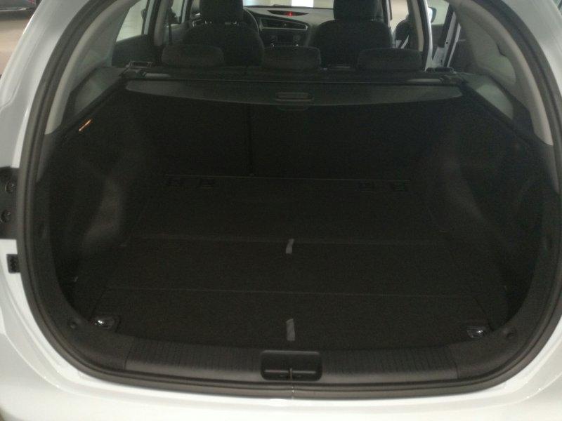 Kia ceed Sportswagon 1.6 CRDi VGT 110CV Concept