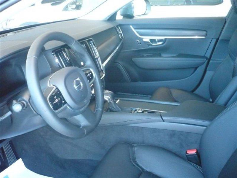 Volvo V90 2.0 D4 AWD Auto -