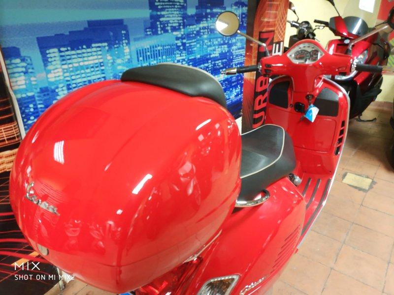 Vespa GTS 125 i.e Super 4T SUPER