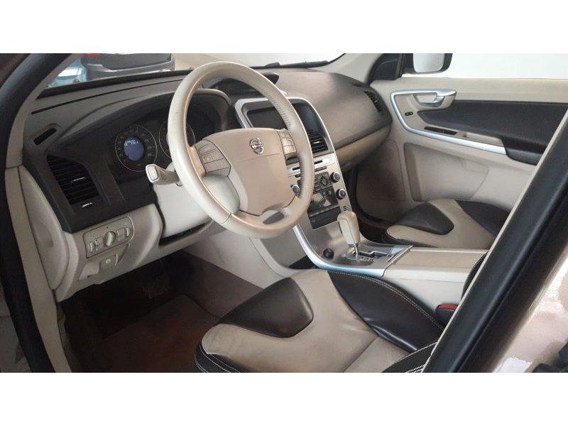 Volvo XC60 2.4D AWD Auto Momentum Momentum