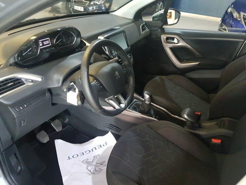 Peugeot 2008 1.2 VTi 82 Style