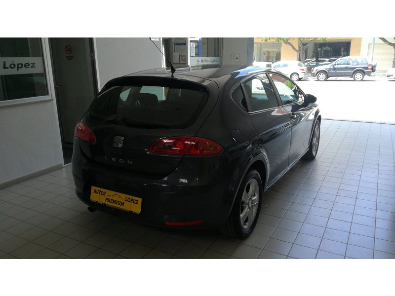 SEAT León 1.6 102cv Reference REFERENCE