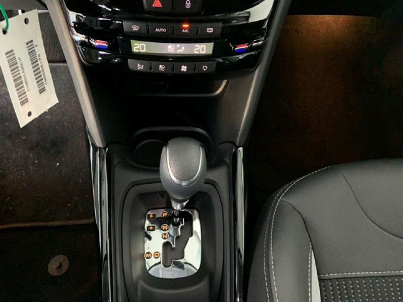 Peugeot 2008 BlueHDi 88KW (120CV) S&S EAT6 Allure