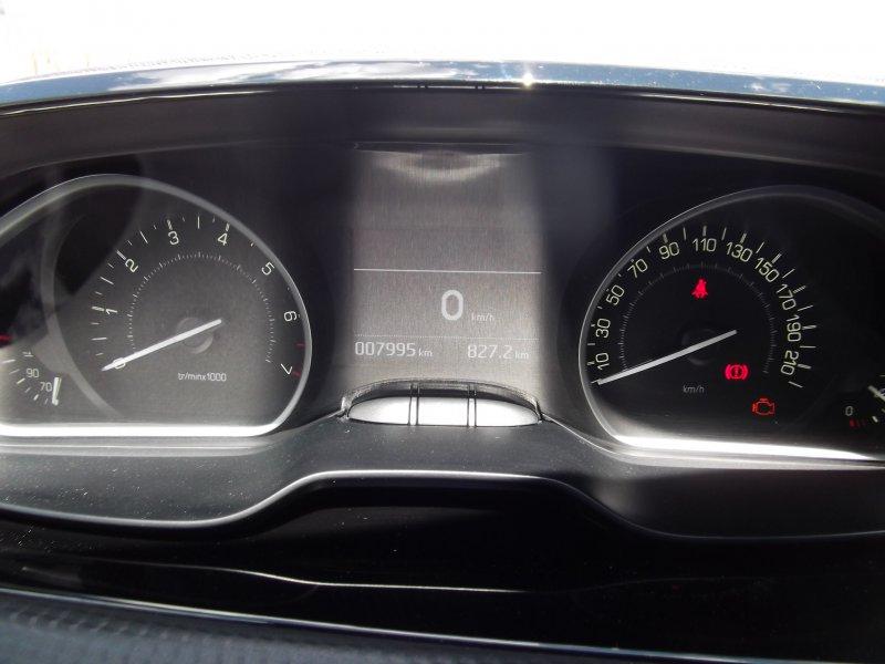 Peugeot 208 5P1.2L PureTech 60KW (82CV) Tech Edition