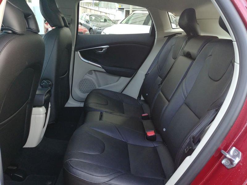 Volvo V40 2.0 D3 Auto Summum