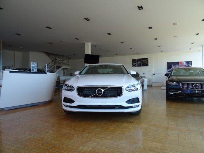 Volvo S90 2.0 D4 Auto Momentum