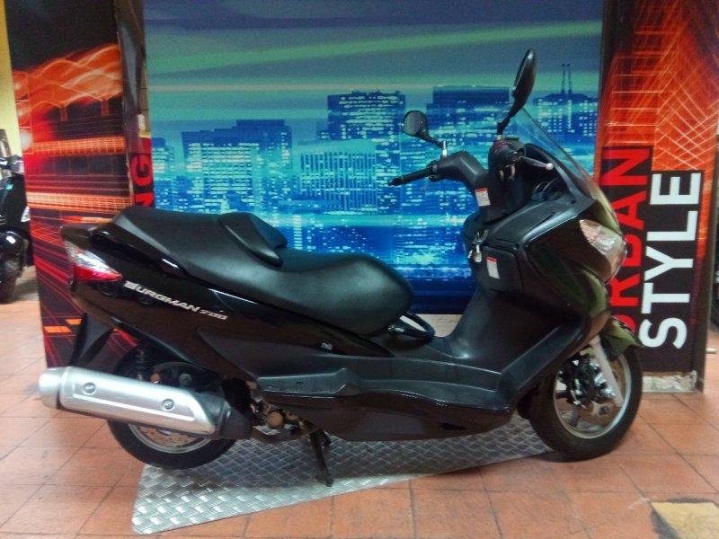 Suzuki-Moto Burgman 200 4T