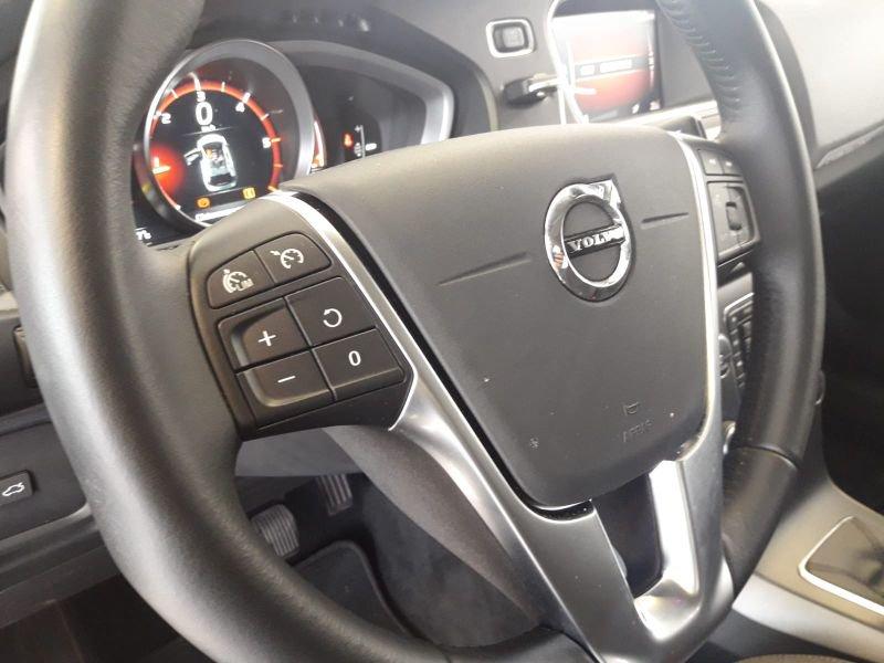 Volvo V40 Cross Country 2.0 D2 Momentum Momentum