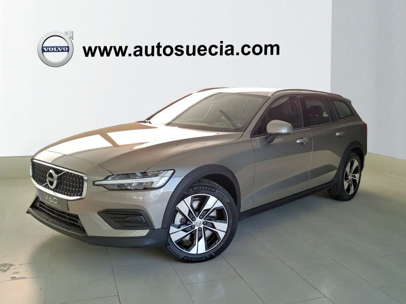 Volvo V60 Cross Country 2.4 D4 AWD Auto Cross Country