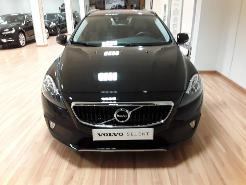 Volvo V40 Cross Country 1.6 D2 Auto Momentum