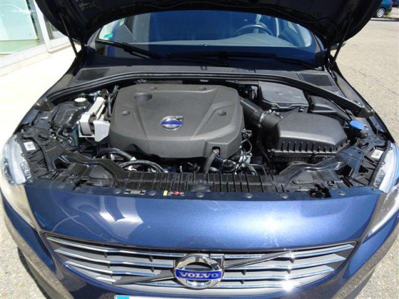 Volvo V60 2.0 D4 Man Momentum