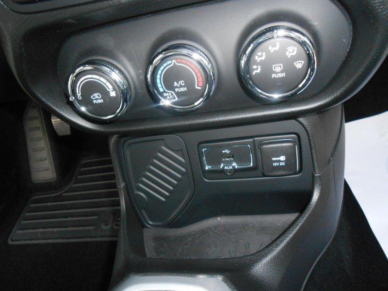 Jeep Renegade 1.6 E-TORQ 110 HP FWD Longitude