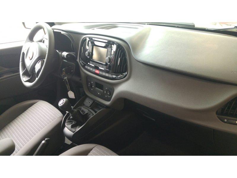 Fiat Doblò Panorama 1.6 Multijet 89kW (120CV) LWB Lounge