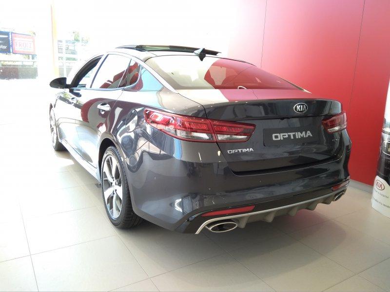 Kia Optima GT 1.7 CRDi VGT GT Line Eco-Dynamics