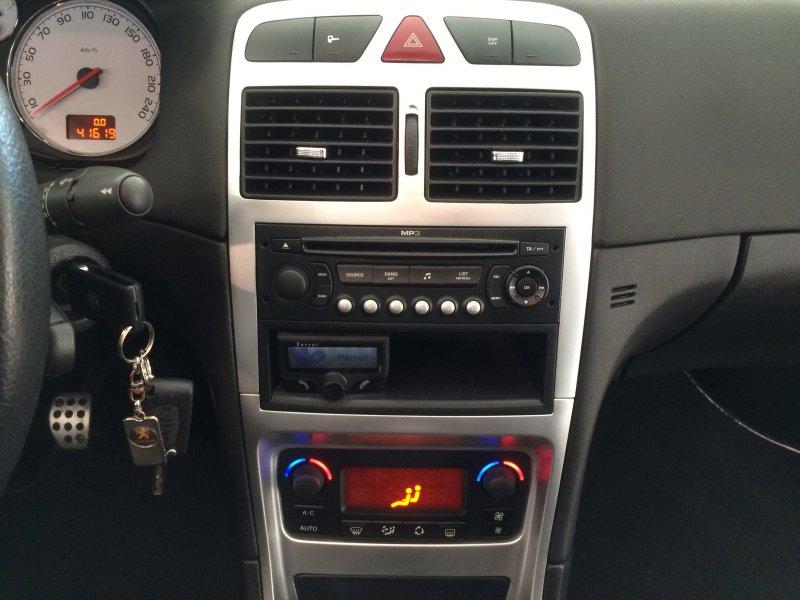 Peugeot 307 CC 1.6 16v Pack HiFi