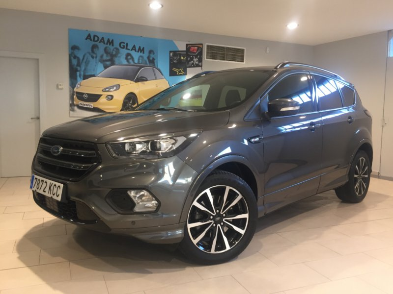 Ford Kuga 2.0 TDCi 110kW 4x2 A-S-S ST-Line