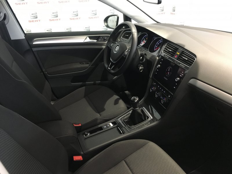 Volkswagen Golf 1.0 TSI 81kW (110CV) Business
