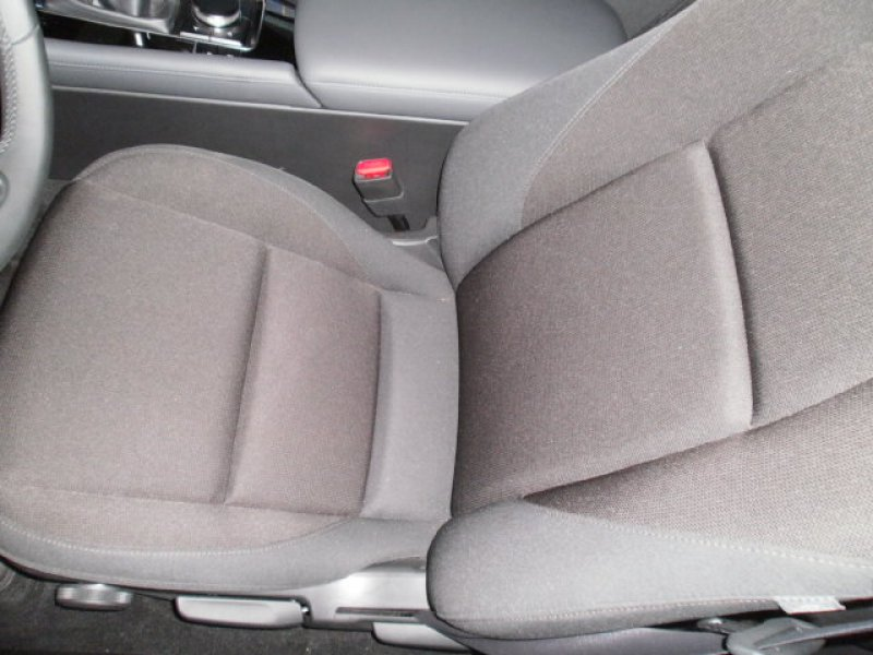 Mazda Mazda3 1.8 SKYACTIV-D EVOLUTION Evolution