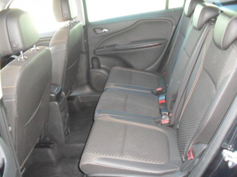 Opel Zafira Tourer 1.4 T 140 CV Auto llanta 17 Excellence