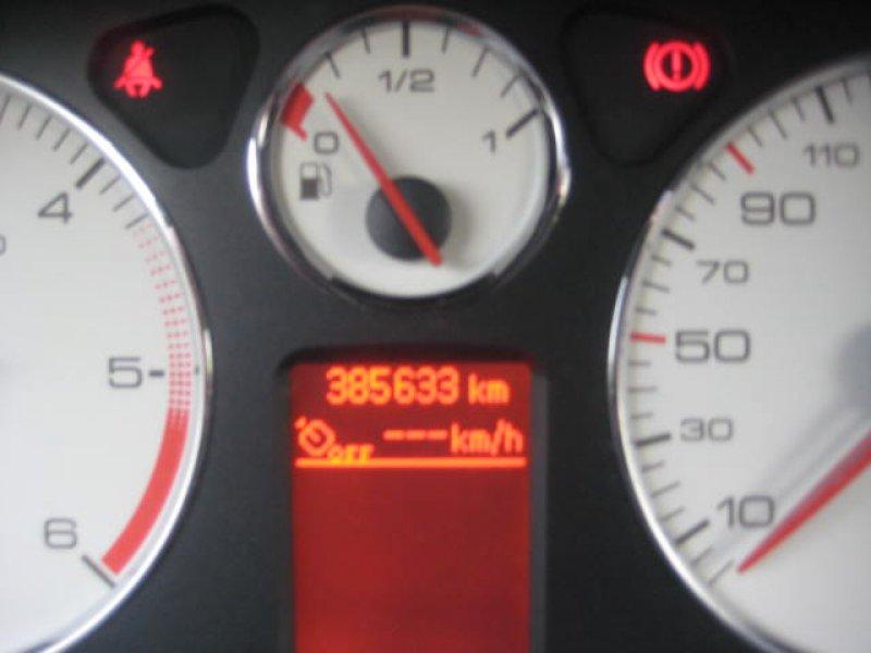 Peugeot 407 HDI 136 ST Confort