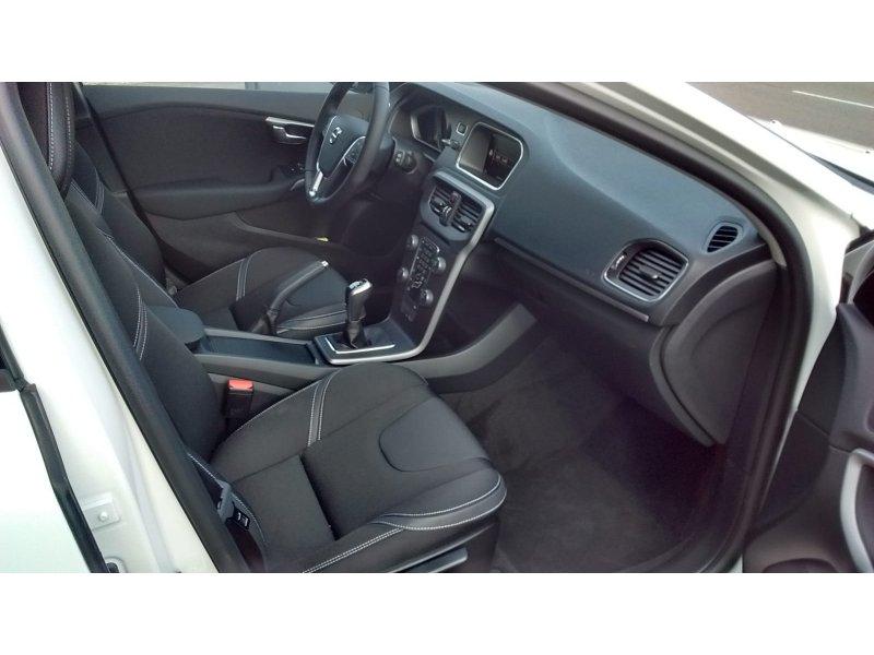 Volvo V40 2.0 T3 Momentum