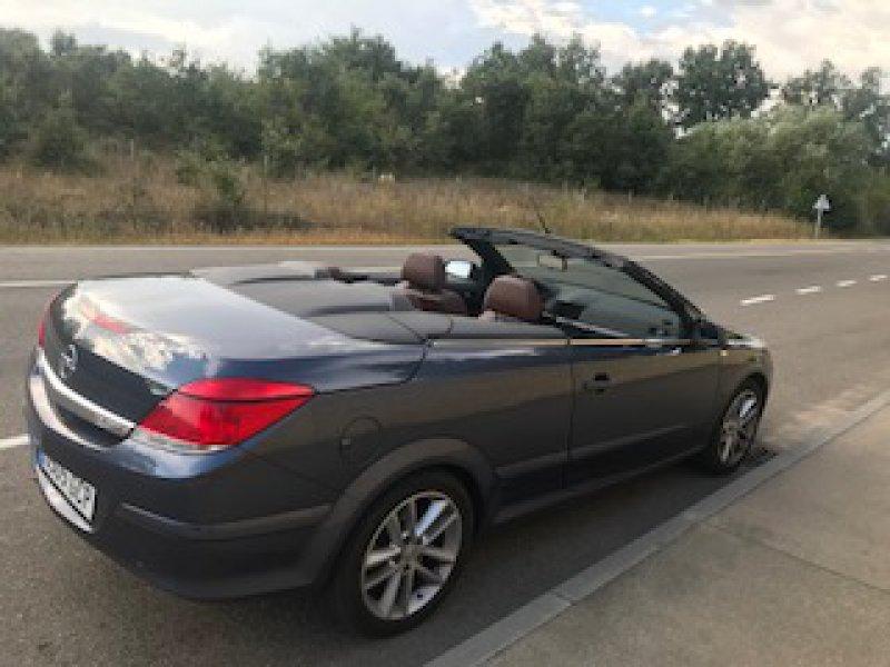 Opel Astra Twin Top 1.9 CDTi Cosmo