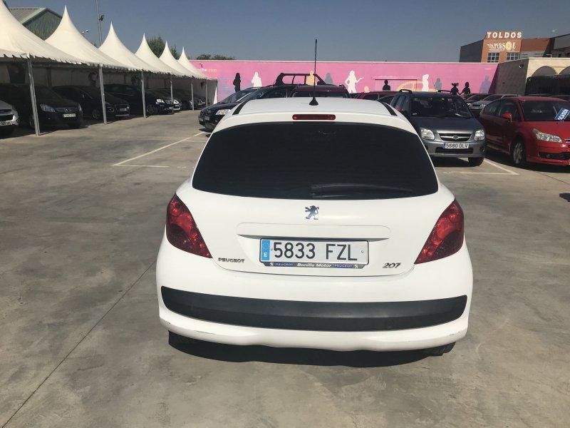 Peugeot 207 1.4 HDI XAD