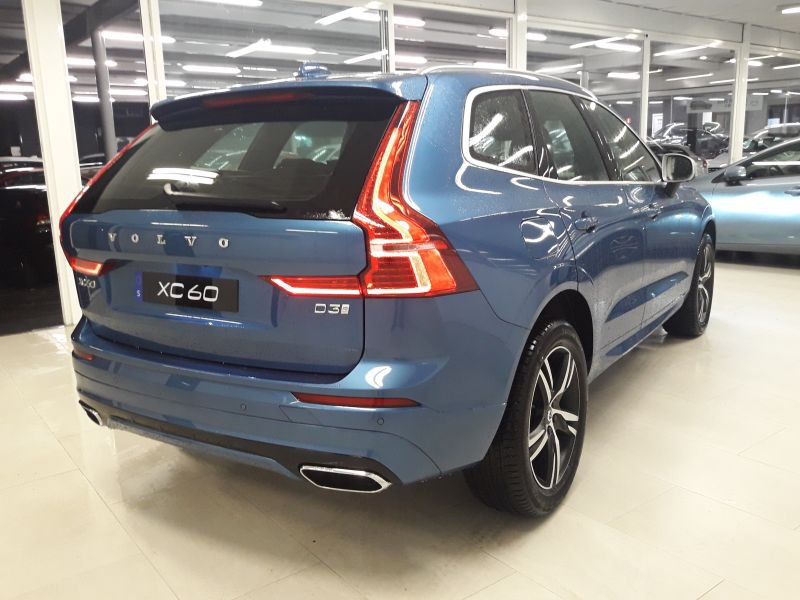 Volvo XC60 2.0 D3 RDesign R-Design