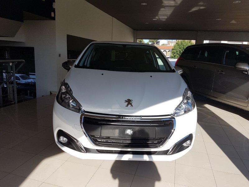 Peugeot 208 5P ALLURE 1.2L PureTech 110 S&S