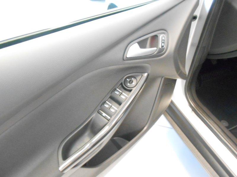 Ford Focus 1.5 TDCi E6 120cv PowerS. Titanium