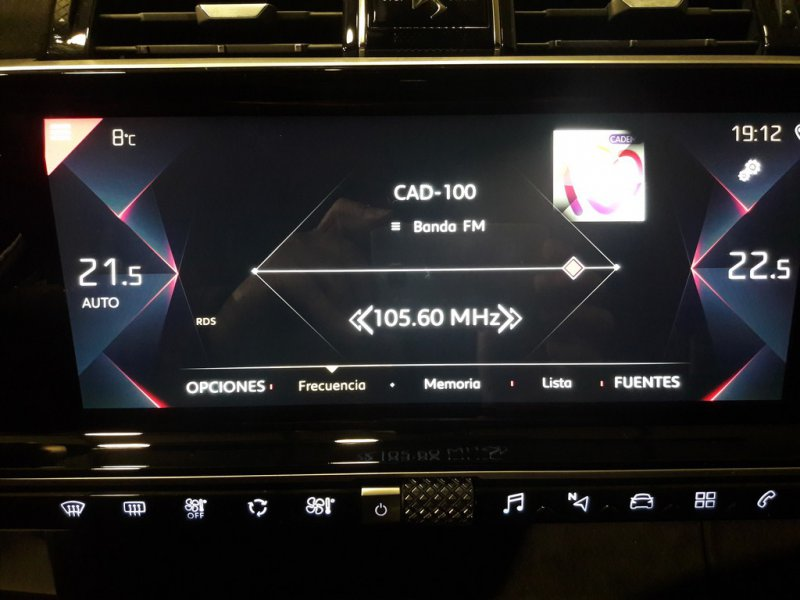DS DS 7 Crossback PureTech 132kW (180CV) Auto. PERF.LINE Performance Line