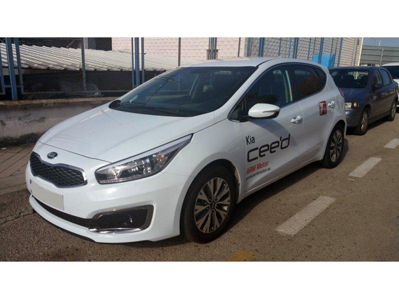 Kia ceed 1.4 CRDi WGT Tech