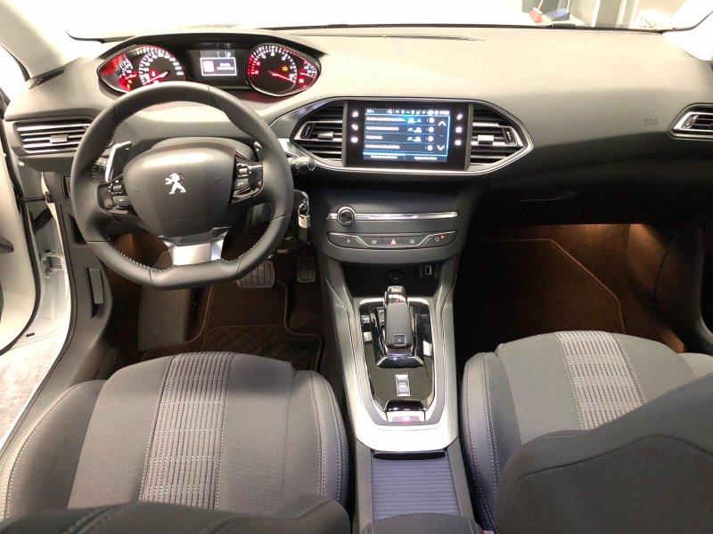 Peugeot 308 5p 1.5 BlueHDi 96KW (130CV) EAT8 Allure