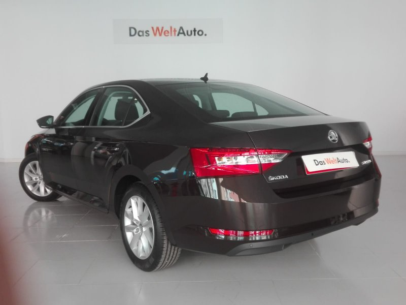Skoda SuperB 2.0 TDI 150cv Ambition