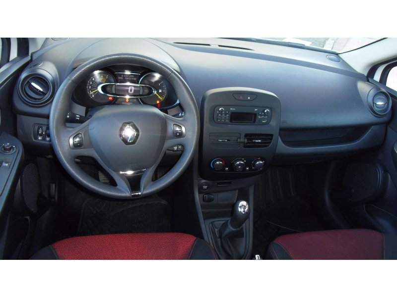 Renault Clio 1.2 16v 75 Authentique