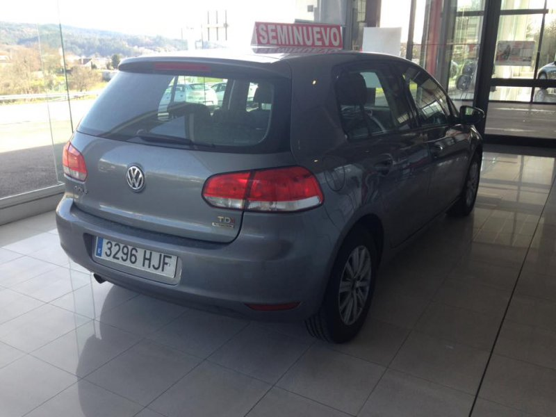 Volkswagen Golf 1.6 TDI 105 CV BLUEMOTION